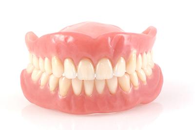 保険診療外の義歯製作